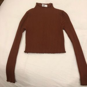 LF Cropped Sweater